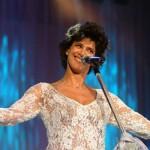 Simone se apresenta em Floripa e Balneário Camboriú